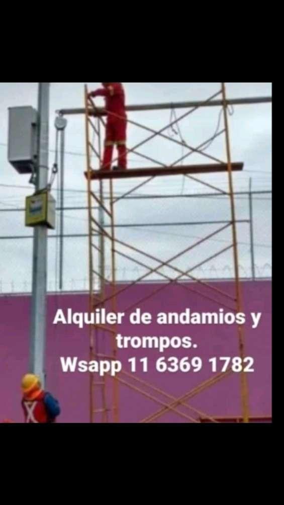 Alquiler de andamios, trompos y escaleras. cel. wsapp 1163691782